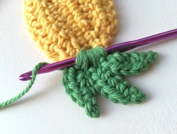 Helping our users. ​Crochet Pineapple Garland/Coasters.
