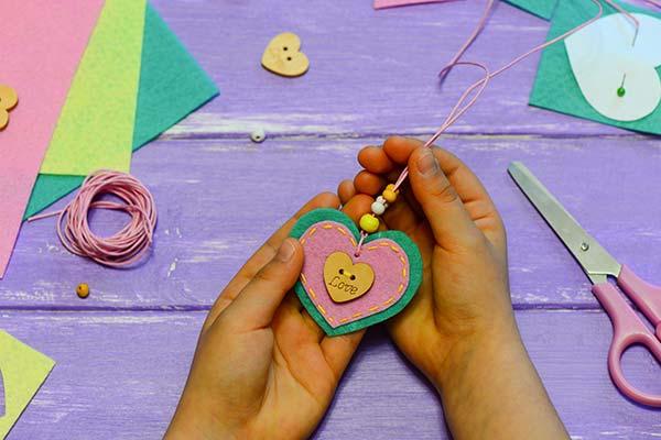 School Crafts Memories — Craftorator